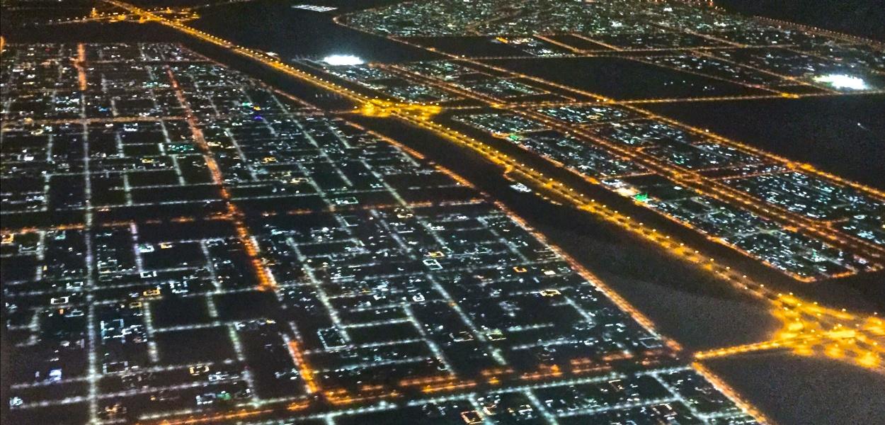 Abu Dhabi - Khalifa City A bei Nacht